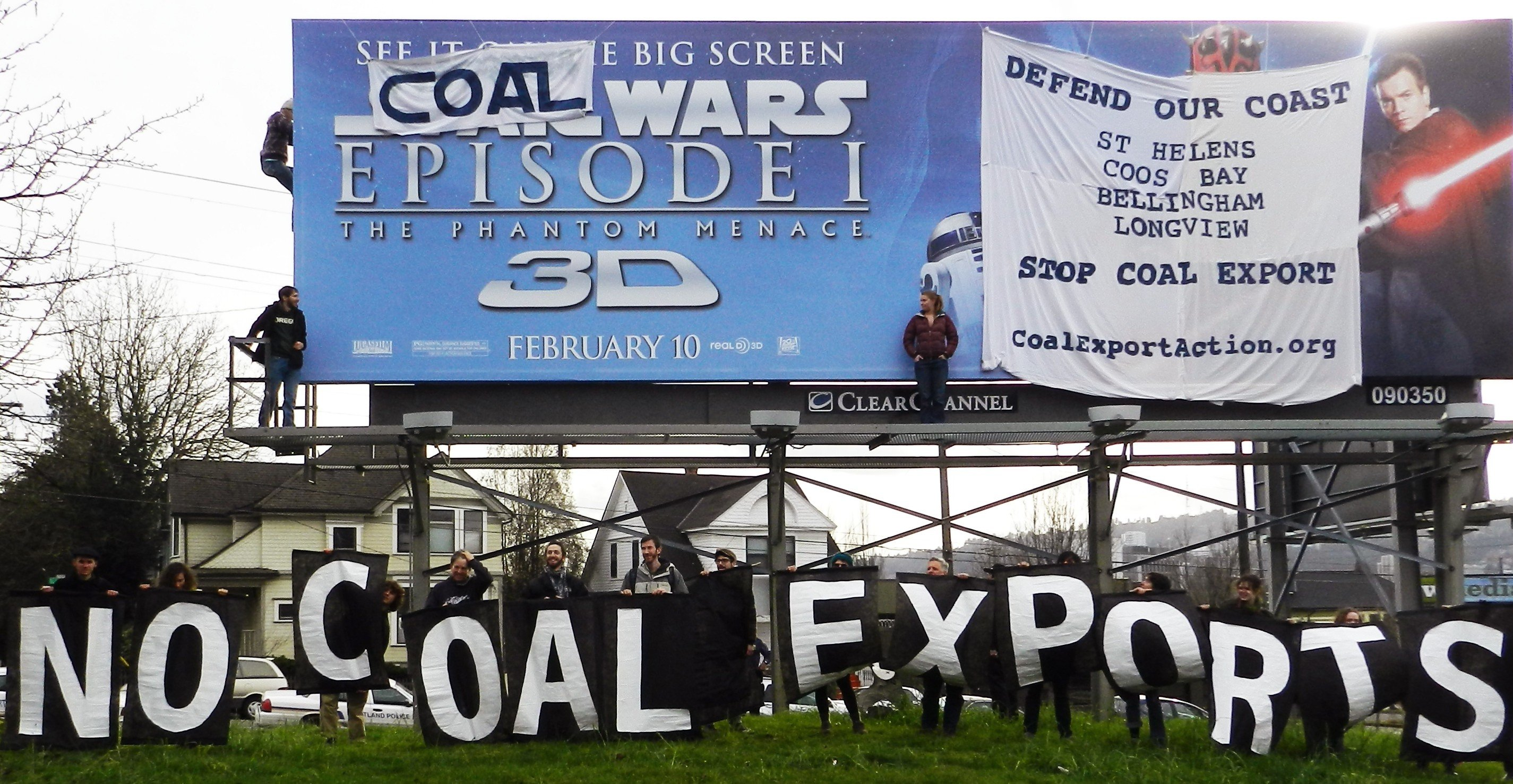 CCN Activists Scale Billboard, Expose Local Coal Threats